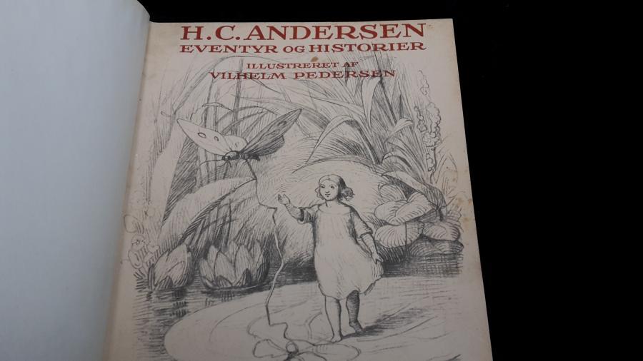 Billede af H C Andersen bog